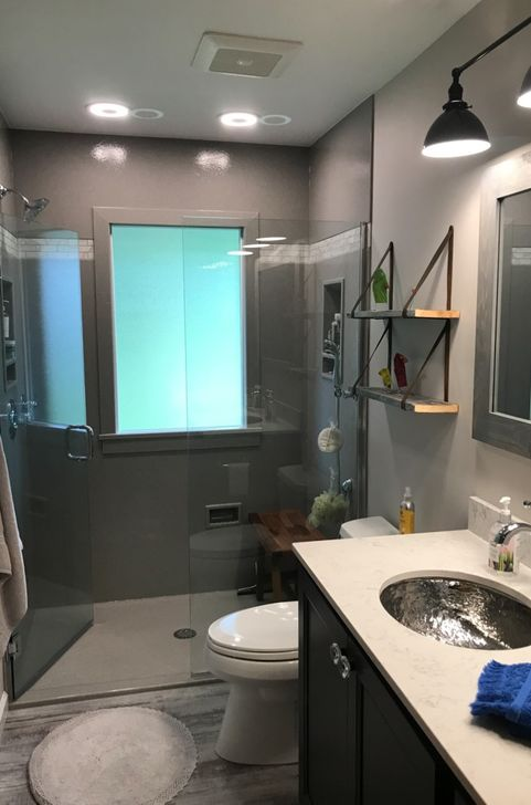 Frameless Bathroom Shower