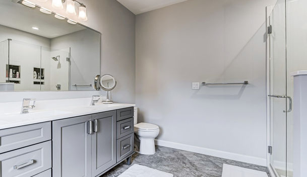 Gray and white master bath 2
