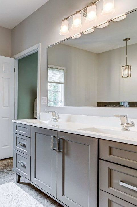 Gray and white master bath 3