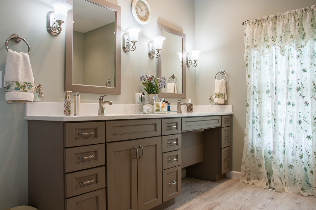 Handicap Accessible Master Bath Traditional Design