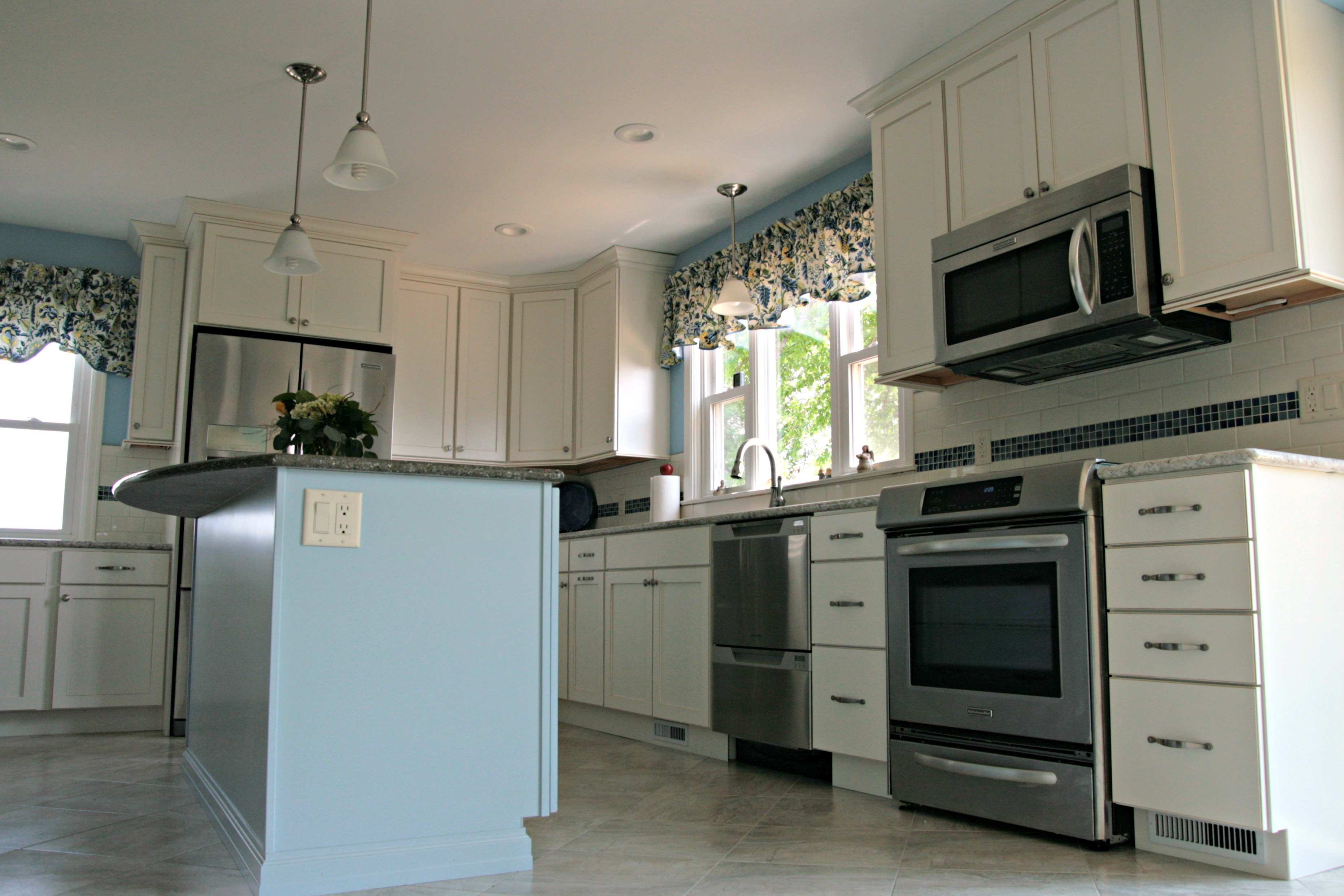 A Country Kitchen Remodel In White & Blue