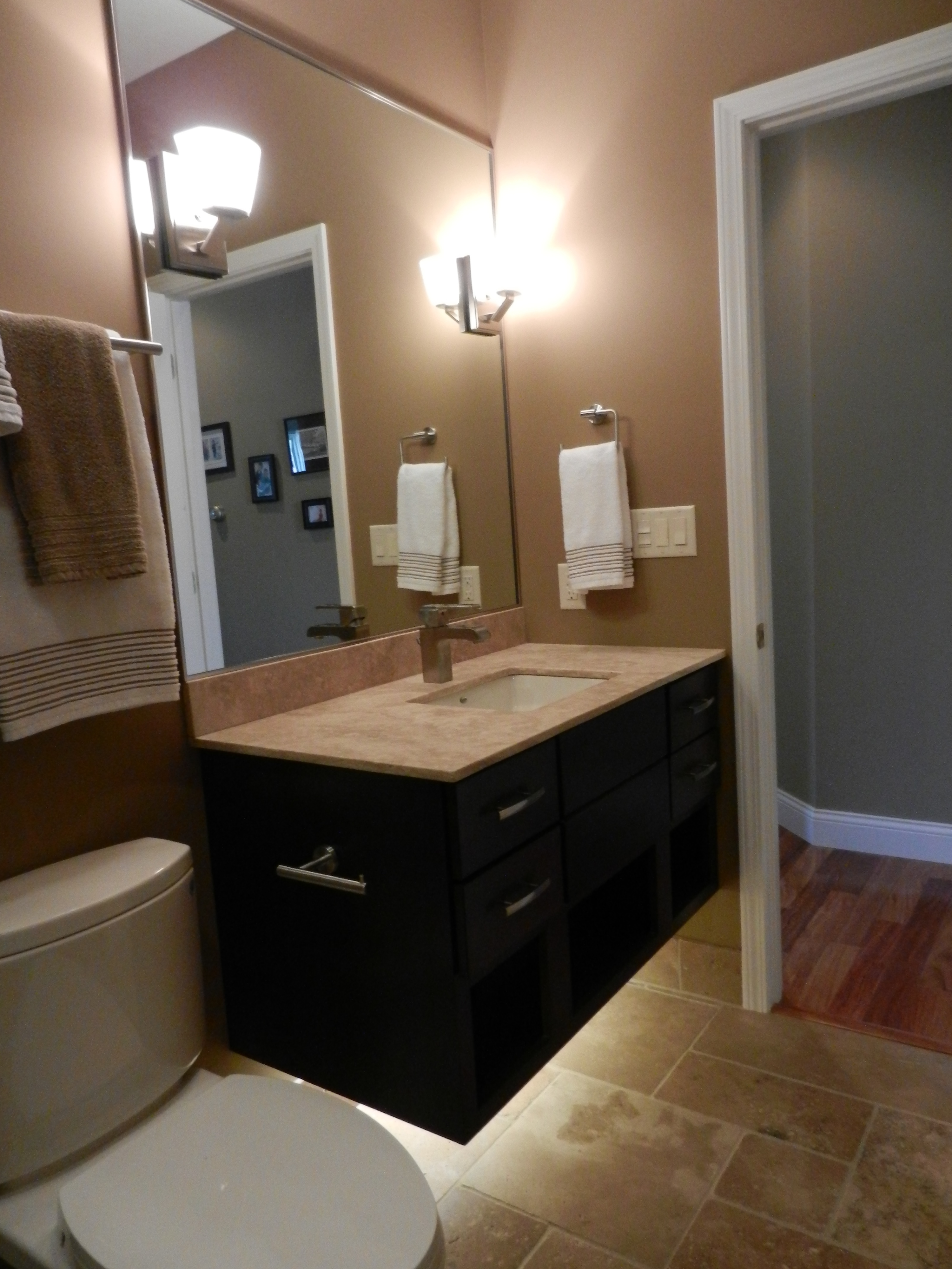 The rejuvenated 5 x 9 dreammaker bath kitchen for 5 x 4 bathroom designs